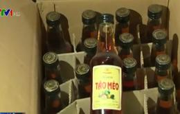 Phớt lờ quy định, rượu sản xuất thủ công không dán tem bán tràn lan
