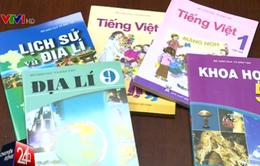 Phản hồi về thông tin biên soạn hai bộ sách giáo khoa miền Bắc - Nam