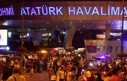 Sân bay Ataturk mở cửa trở lại sau vụ khủng bố