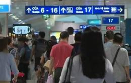 Sân bay Tân Sơn Nhất sẽ giảm chuyến bay giờ cao điểm