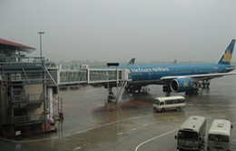Các hãng hàng không thay đổi kế hoạch bay do bão số 1