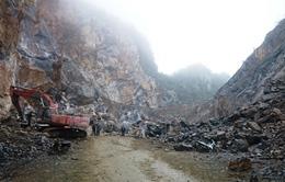 Vụ sập mỏ đá tại Thanh Hóa: Quyết tâm tìm 2 nạn nhân còn lại trong đêm
