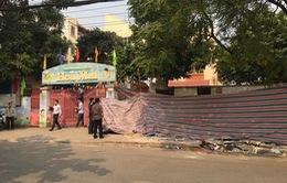 Hiện trường vụ sập tường trường mầm non ở Hà Nội khiến 2 người thương vong