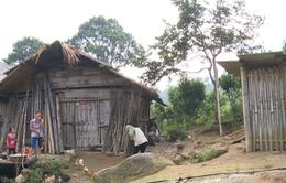 Người dân Lào Cai nơm nớp sống trong vùng nguy hiểm do sạt lở