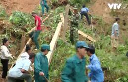 Yên Bái: Di dời khẩn cấp người dân khỏi vùng sạt lở