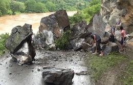 Sạt lở nghiêm trọng tại Hà Giang, 2 người chết