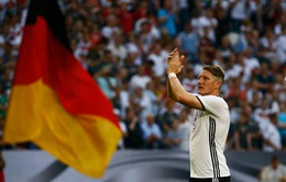 Bastian Schweinsteiger chia tay ĐT Đức