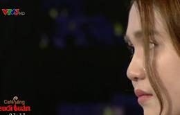 """Ngọc Trinh bật khóc trên sóng truyền hình: """"Tôi thấy chua xót cho chính mình"""""""