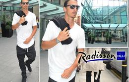 Ibrahimovic gặp vận rủi ngay trong ngày đầu tới Manchester