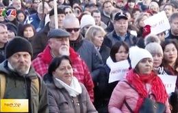 Mít tinh phản đối Luật thống kê doanh thu trực tuyến tại CH Czech