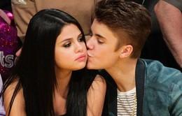 Muốn về bên Selena Gomez, Justin Bieber vẫn tơ tưởng chân dài khác?
