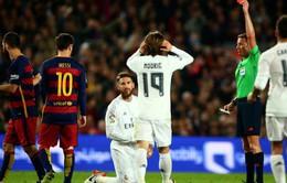 Pique đổ tại: Barcelona thua vì... được chơi hơn người