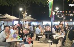 Nhộn nhịp phố kinh doanh ẩm thực ở Singapore