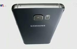 Thị trường smartphone: Muốn tồn tại phải luôn mới
