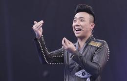 """Việt Hương """"dìm hàng"""" Trấn Thành, Hòa Minzy """"nhái"""" Sơn Tùng M-TP"""