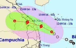 Đêm nay, tâm bão số 4 trên vùng biển Thừa Thiên Huế-Bình Định
