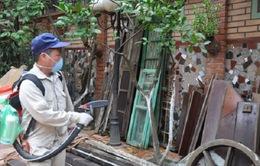 Phun thuốc diệt muỗi đúng liều lượng, đúng quy trình để đảm bảo an toàn