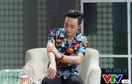 """Muôn màu Showbiz: Đỗ Duy Nam """"sởn gai ốc"""" vì MC Phí Linh"""