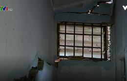 Lâm Đồng: Hàng trăm người dân sống trong sợ hãi vì nhà sụt lún