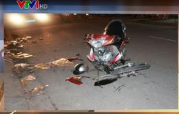 Ô tô mất lái đâm xe máy, hai người thiệt mạng