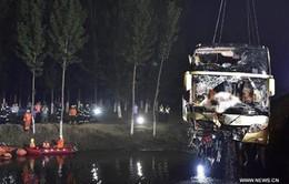 Trung Quốc: Tai nạn xe khách thảm khốc, 26 người thiệt mạng