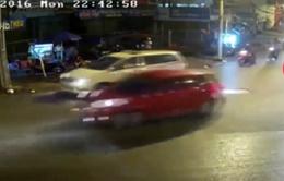 Nguy hiểm chết người vì phóng nhanh vượt ẩu, tạt đầu ô tô
