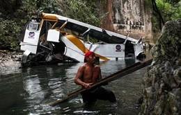 Mexico: Tai nạn xe buýt, 20 người thiệt mạng