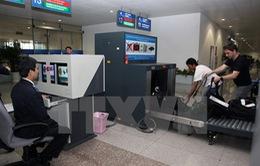 Lượng khách tăng hơn 50%, sân bay Tân Sơn Nhất quá tải nghiêm trọng