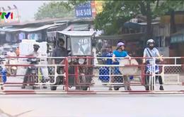 Người lái tàu hoả phanh gấp tránh xe máy: Quá may mắn mới không xảy ra tai nạn