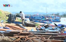 """Mùa sửa tàu - """"Mùa vay nóng"""" ở vùng biển Phú Yên"""