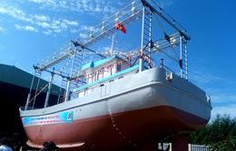 Bàn giao tàu cá vỏ thép thứ 5 cho ngư dân Phú Yên