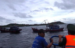 Cứu thành công 6 thuyền viên tàu cá gặp nạn