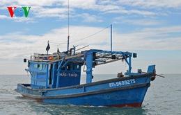 Giải cứu thành công 9 thuyền viên gặp nạn trên biển