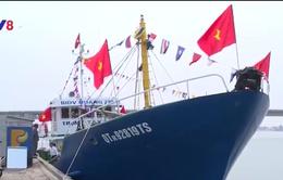 Bàn giao tàu cá vỏ thép thứ 3 cho ngư dân Phú Yên