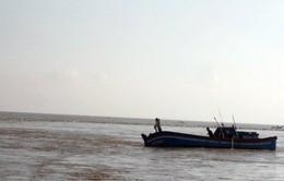 Quảng Bình: Chìm tàu cá, 3 người mất tích