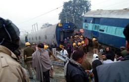 Tai nạn tàu hỏa ở Ấn Độ, hơn 42 người thương vong