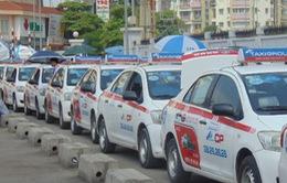 Đề xuất chưa xử phạt tài xế taxi chạy xe liên tục quá 4 giờ