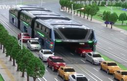 Trung Quốc giới thiệu mẫu xe buýt cải tiến vượt tắc đường