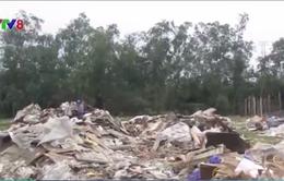 Rác thải công nghiệp ngập ngụa khu kinh tế Vũng Áng