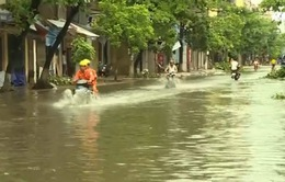 Người dân TP Thái Bình khốn khổ vì nước bủa vây