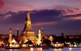 Ngành du lịch Thái Lan đối mặt với nhiều áp lực trong thời kì quốc tang