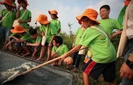 """Trại hè """"Quà tặng từ thiên nhiên"""": Dạy trẻ sống tự lập"""