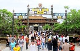 2,7 triệu lượt du khách đến Huế trong 10 tháng đầu năm