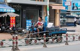 TP.HCM xử phạt phương tiện chở hàng cồng kềnh