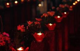 Hàng nghìn ngọn nến tri ân được thắp sáng tại nghĩa trang liệt sĩ TP Hà Nội