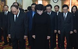 Đoàn đại biểu cấp cao Việt Nam viếng nguyên Chủ tịch Quốc hội Lào