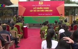 Quảng Bình: Người dân tấp nập làm thẻ căn cước công dân