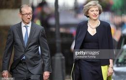 Những bộ cánh ấn tượng của nữ Thủ tướng Anh Theresa May