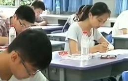 Trung Quốc ra lệnh cấm học sinh xé sách