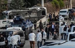 Đánh bom xe tại Thổ Nhĩ Kỳ, hơn 30 người thương vong
